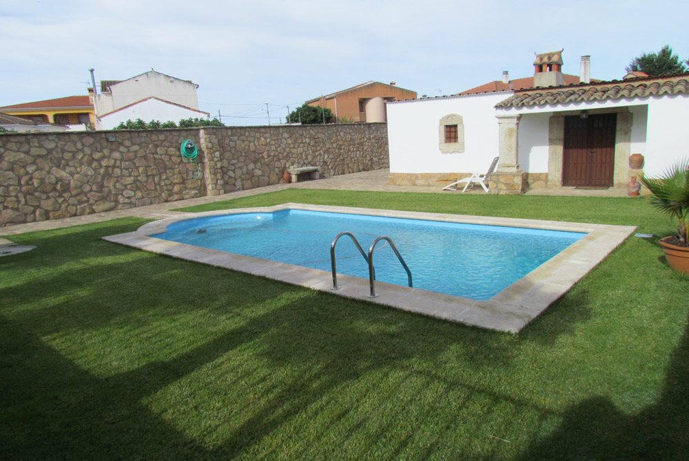 Aqualica lechada piscina comunidad de madrid oferta for Ofertas piscinas poliester